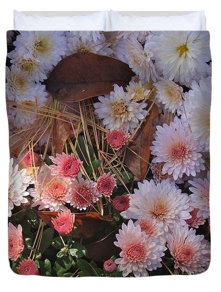 Duvet Cover featuring the photograph Pink Mum by Joseph Yarbrough