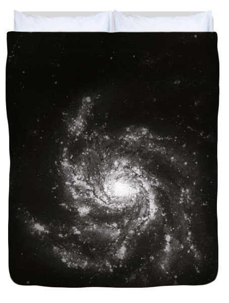 Pinwheel Galaxy, M101 Duvet Cover by Science Source