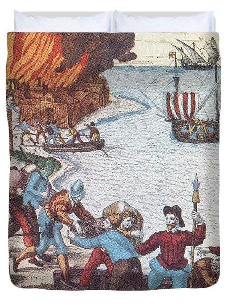 Pirates Burn Havana, 1555 Duvet Cover by Photo Researchers