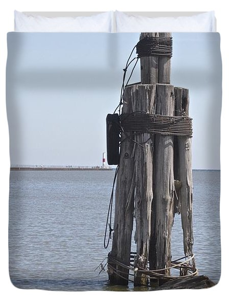 Duvet Cover featuring the photograph Port Of Rochester by William Norton