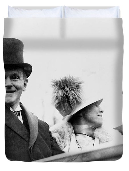 President Calvin Coolidge With His Wife And Senator Curtis On The Way To Capitol - C 1925 Duvet Cover