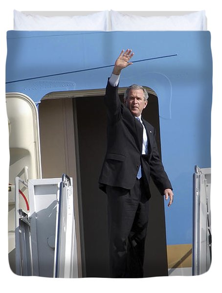 President George Bush Waves Good-bye Duvet Cover by Stocktrek Images