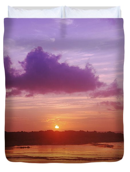 Purple And Orange Sunset Duvet Cover by Vince Cavataio - Printscapes