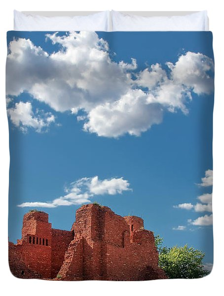 Quarai Ruins At Salinas Pueblo Missions National Monument Duvet Cover by Christine Till