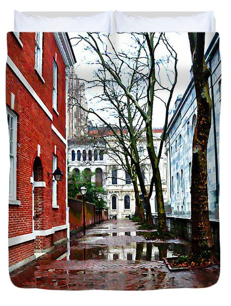 Rainy Philadelphia Alley Duvet Cover by Bill Cannon