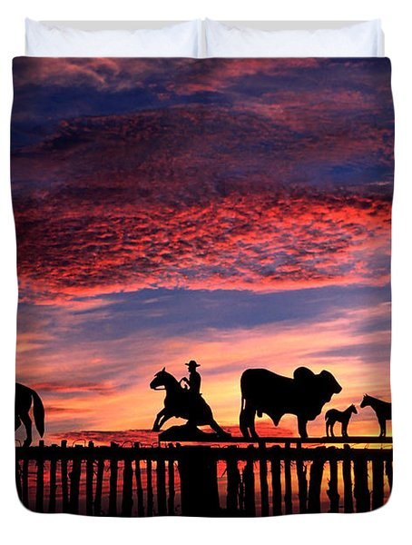 Texas Ranch Gate At Sunrise Duvet Cover