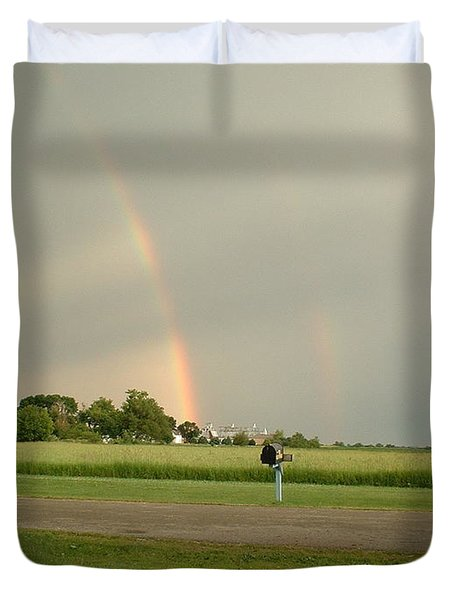 Duvet Cover featuring the photograph Ray Bow by Bonfire Photography