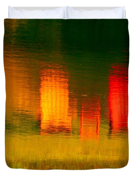 Duvet Cover featuring the photograph Red And Orange Chairs by Les Palenik