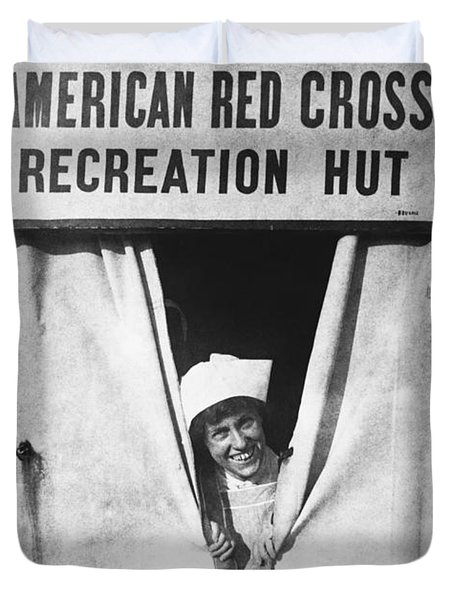Red Cross Nurse, 1918 Duvet Cover by Photo Researchers