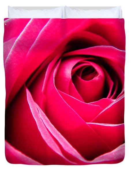 Red Rose Macro Duvet Cover by Sandi OReilly