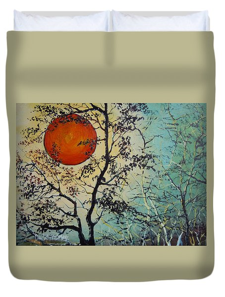 Red Sun A Red Moon Duvet Cover