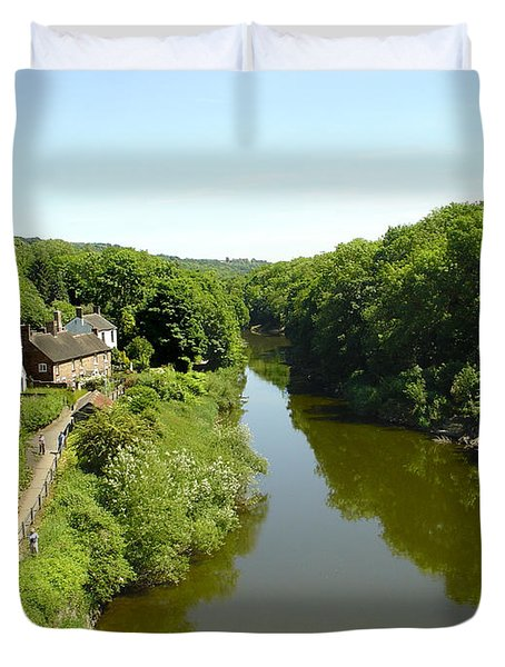 River Severn From The Iron Bridge Duvet Cover by Rod Johnson