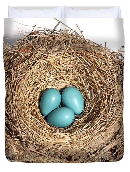 Robins Nest With Eggs Duvet Cover by Ted Kinsman