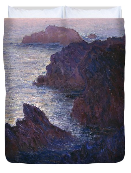 Rocks At Bell Ile Port Domois Duvet Cover