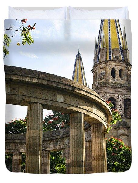 Rotunda Of Illustrious Jalisciences And Guadalajara Cathedral Duvet Cover by Elena Elisseeva