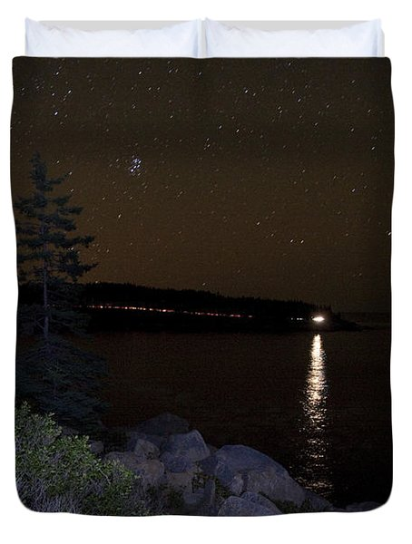 Duvet Cover featuring the photograph Rounding Otter Point by Brent L Ander