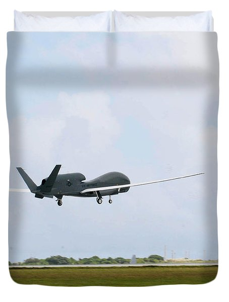Rq-4 Global Hawks First Flight Duvet Cover by Photo Researchers