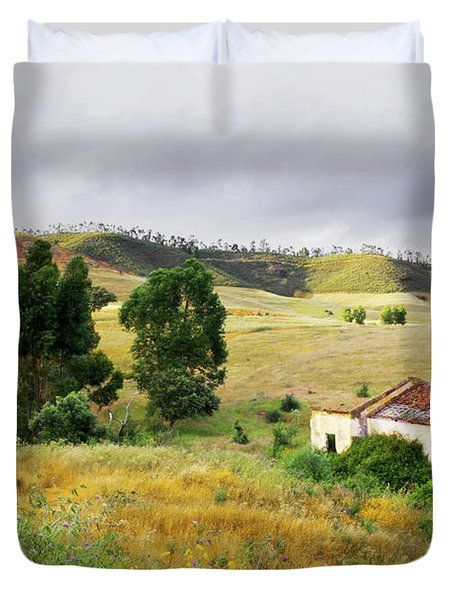 Ruin In Countryside Duvet Cover by Carlos Caetano