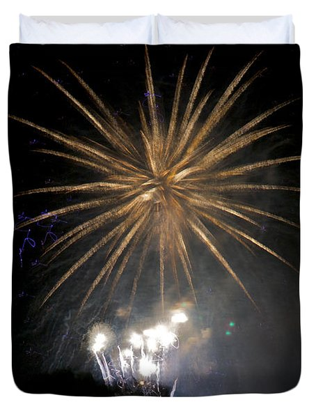 Duvet Cover featuring the photograph Rvr Fireworks 1 by Mark Dodd