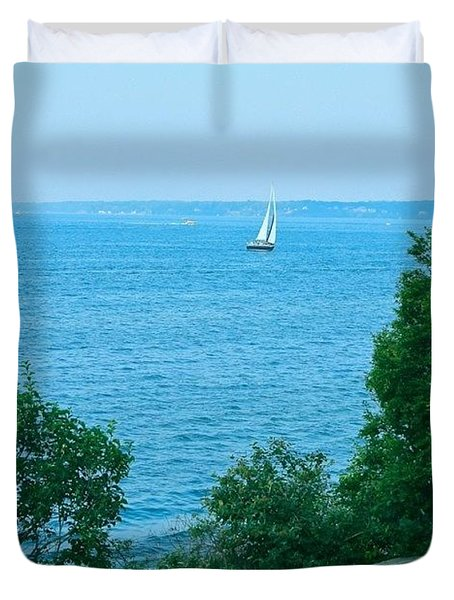 Sailing Lake Ontario Duvet Cover