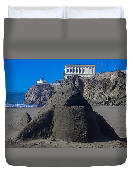 Sand Shark At Cliff House Duvet Cover by Garry Gay