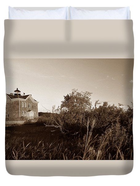 Saugerties Lighthouse Duvet Cover by Skip Willits