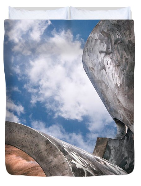 Sculpture And Sky Duvet Cover