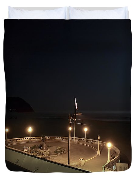 Seaside Oregon Beach And Promenade Duvet Cover