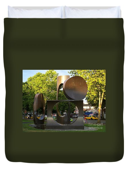 Duvet Cover featuring the photograph Seattle Sculpture by Chalet Roome-Rigdon