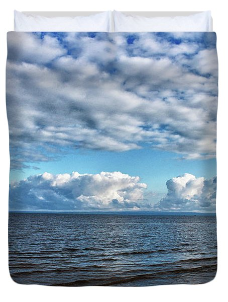 Duvet Cover featuring the photograph Shallow Waves by Rachel Cohen