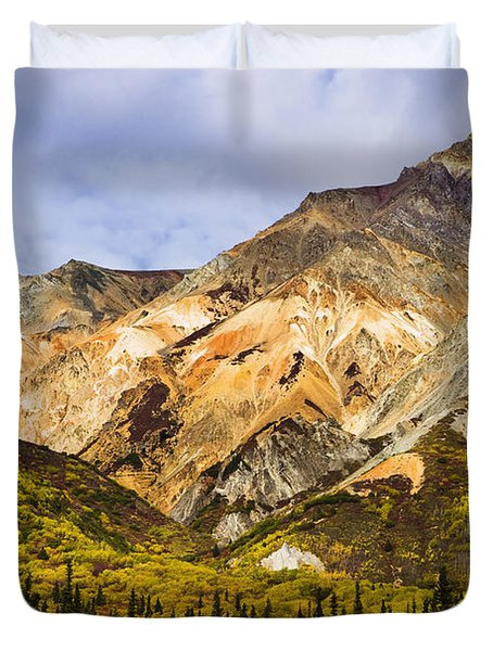 Sheep Mountain Along Glenn Highway Duvet Cover by Yves Marcoux
