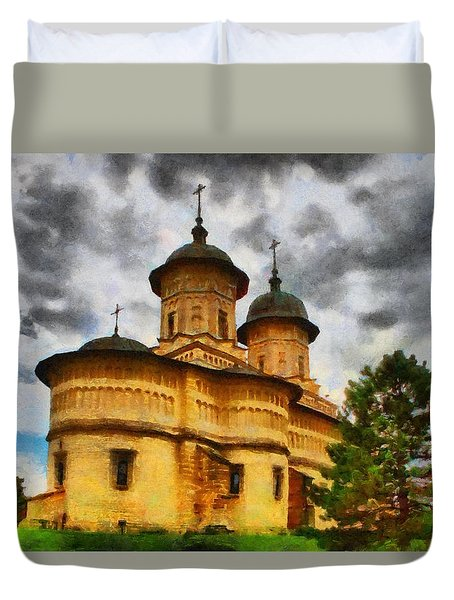Shelter From The Coming Storm Duvet Cover by Jeff Kolker