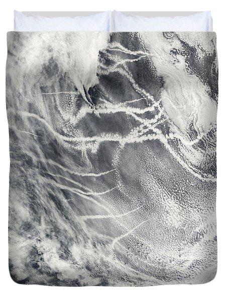 Ship Tracks In The Pacific Ocean Duvet Cover by Stocktrek Images