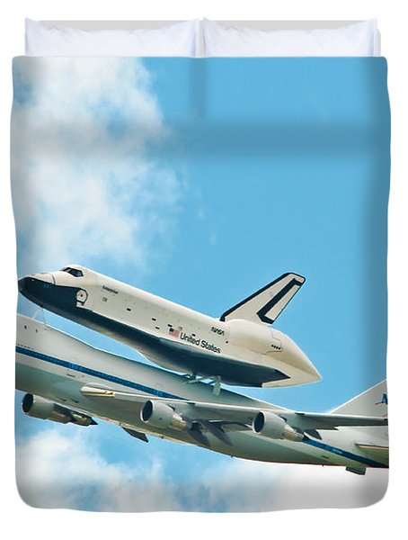 Shuttle Enterprise Comes To Ny Duvet Cover by Regina Geoghan
