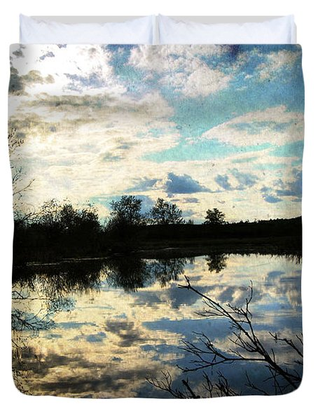 Silence Of Worms Duvet Cover by Jerry Cordeiro