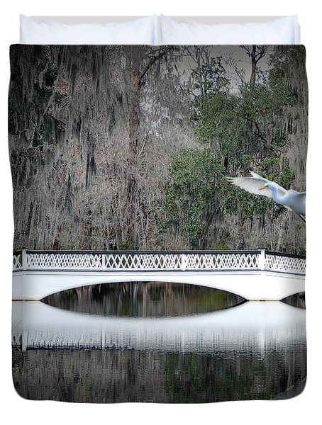 Duvet Cover featuring the photograph Southern Plantation Flying Egret by Dan Friend