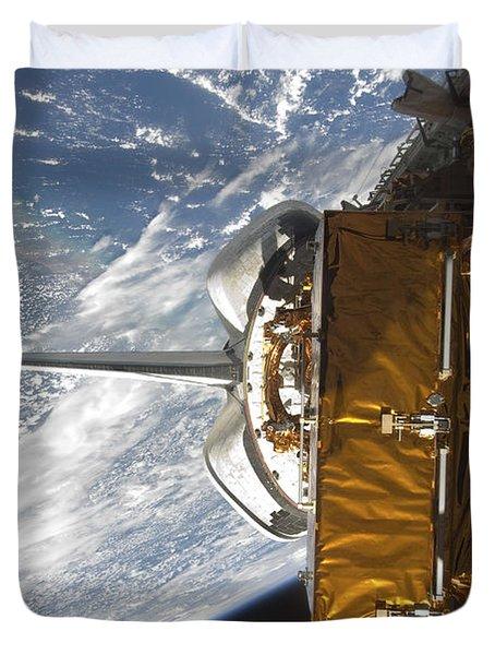 Space Shuttle Atlantis Payload Bay Duvet Cover by Stocktrek Images