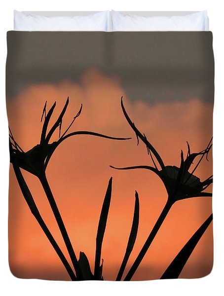 Spider Lilies At Sunset Duvet Cover