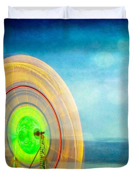 Spinning 2 Duvet Cover
