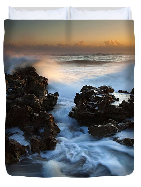 Splitting The Reef Duvet Cover by Mike  Dawson