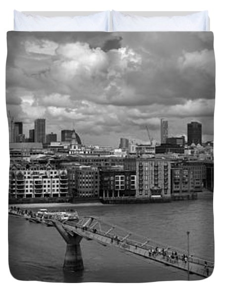 St Paul's And The City Panorama Bw Duvet Cover
