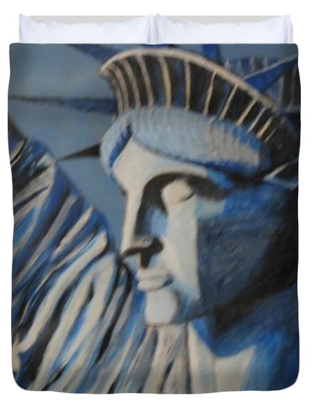 Statue Of Liberty Duvet Cover by Nedunseralathan R