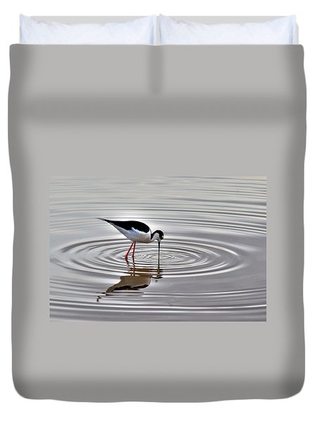 Duvet Cover featuring the photograph Black-necked Stilt by Tam Ryan