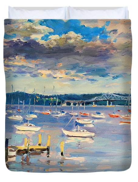 Sun And Clouds In Hudson Duvet Cover