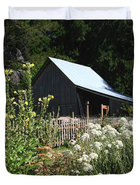 Duvet Cover featuring the photograph Sun Barn by Lorraine Devon Wilke