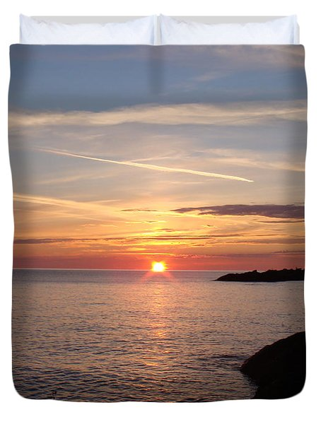 Duvet Cover featuring the photograph Sun Up On The Up by Bonfire Photography