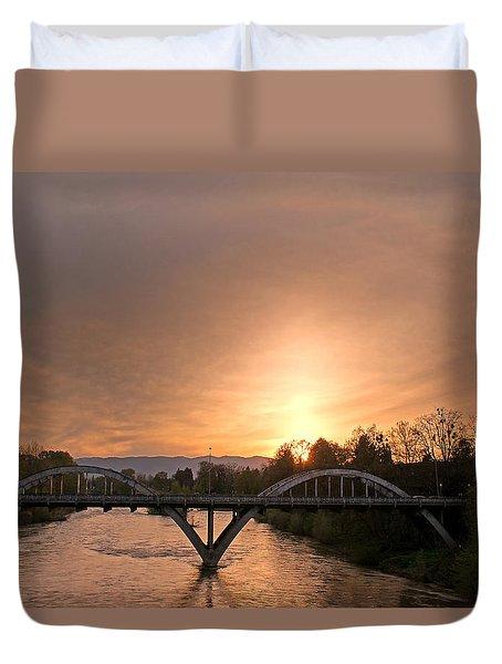 Sunburst Sunset Over Caveman Bridge Duvet Cover