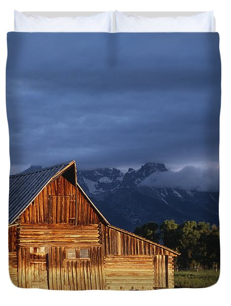 Sunrise On Old Wooden Barn On Farm Duvet Cover by Axiom Photographic