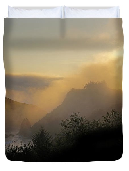 Sunset At Harris Beach Duvet Cover by Mick Anderson