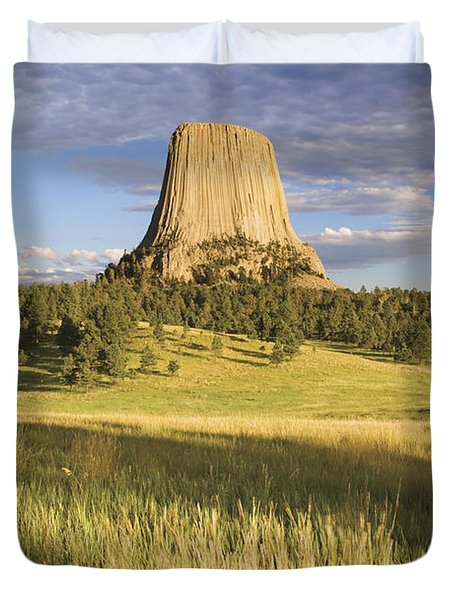 Sunset On Devils Tower Wyoming United Duvet Cover by Philippe Widling